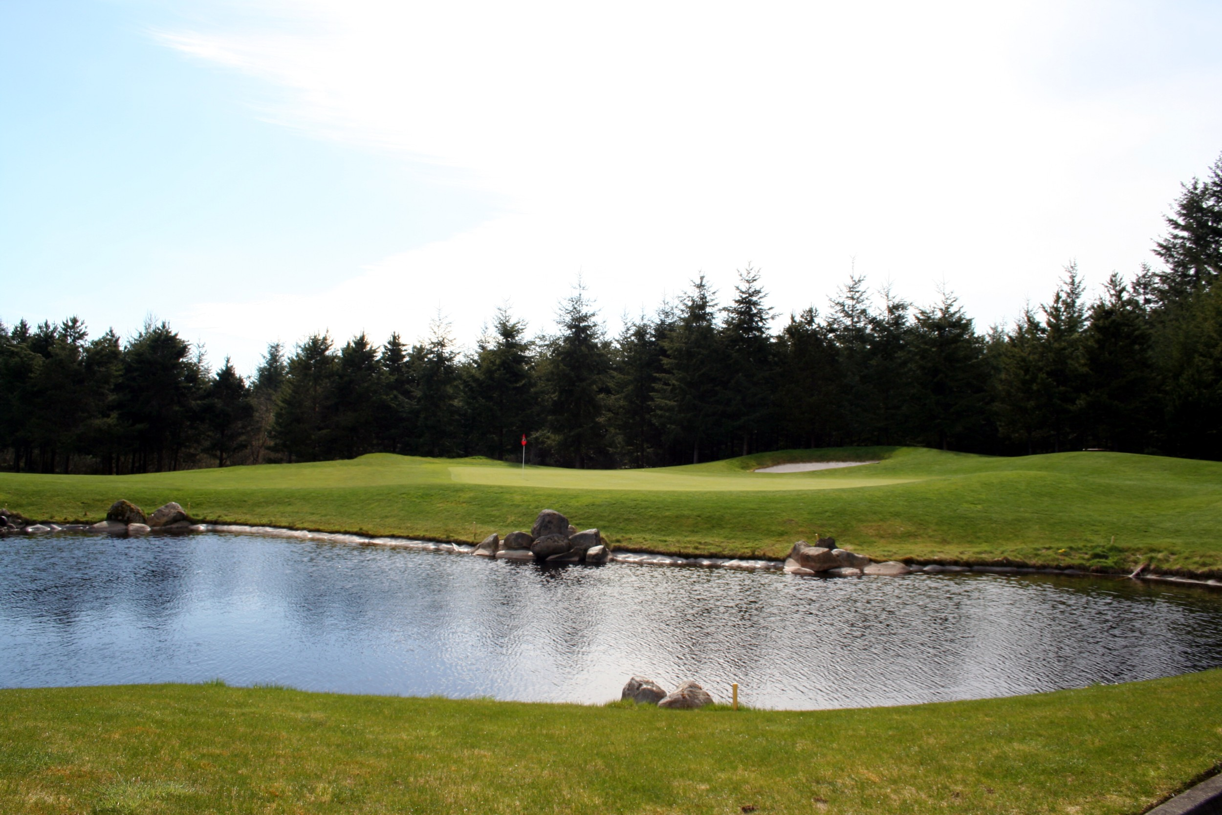 trophy lake pnw golf review. Black Bedroom Furniture Sets. Home Design Ideas